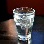 寝る直前の水3リットルが影響か?