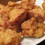 夜食に鶏の唐揚げを6ピース食べた