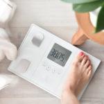 BMI、25あたりをウロウロ